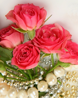 Necklace and Roses Bouquet Background for Nokia Asha 306