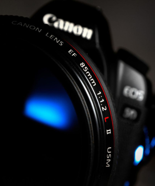 Free Canon Lens Picture for iPhone 4