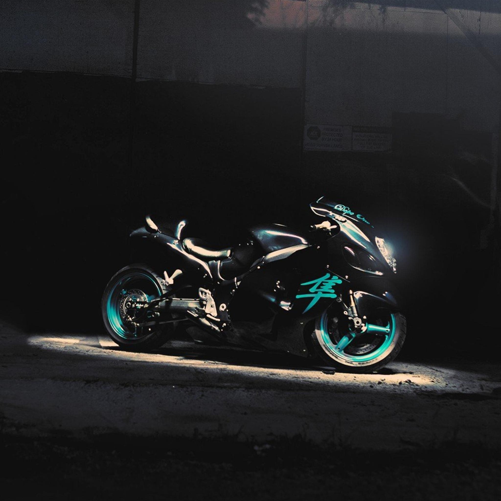 черный мотоцикл BMW без смс