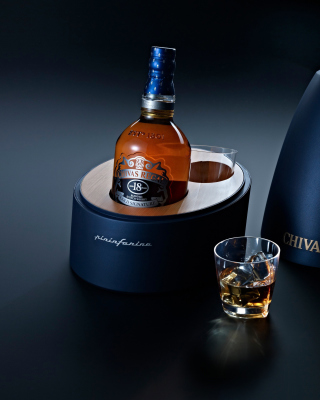 Free Chivas Regal Whisky Picture for iPhone 6 Plus