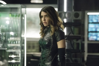 Black Canar, Juliana Harkavy in Arrow Film Picture for Samsung Galaxy S5