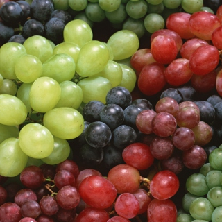 Colorful Grapes sfondi gratuiti per iPad Air