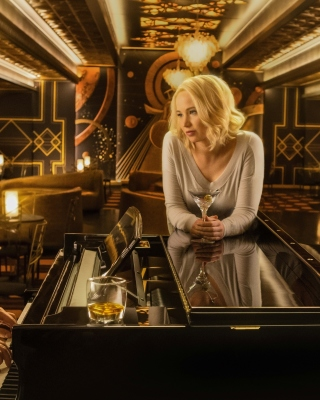 Free Jennifer Lawrence and Chris Pratt in Passengers Film Picture for iPhone 6 Plus