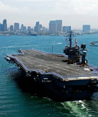 Military boats - USS Kitty Hawk sfondi gratuiti per Nokia C1-01