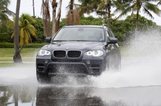 Bmw X5 Picture for Android, iPhone and iPad