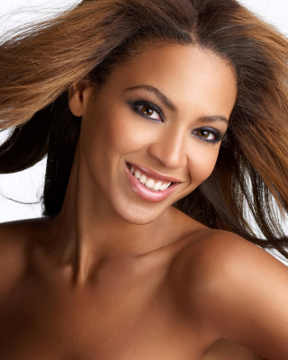 Beyonce Knowles Background for HTC Titan