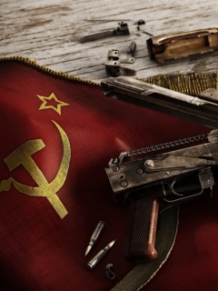 Screenshot №1 pro téma USSR Flag and AK 47 Kalashnikov rifle 240x320