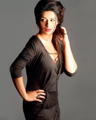 Madhurima Banerjee Background for Nokia Asha 306