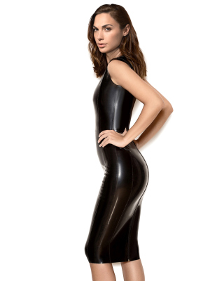Gal Gadot Model in black latex Dress papel de parede para celular para Nokia Asha 308