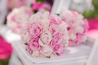Wedding Bouquets Background for Android, iPhone and iPad
