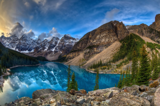 Mountain Lake Wallpaper for Desktop 1280x720 HDTV
