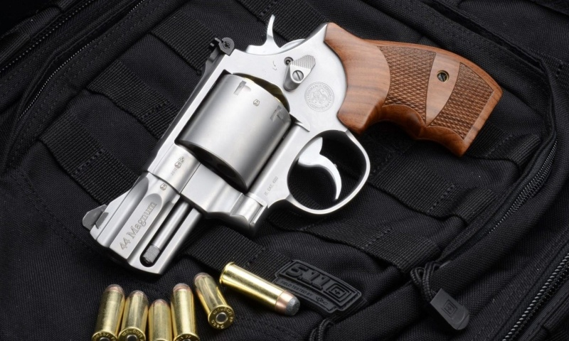 Screenshot №1 pro téma Smith & Wesson 629 800x480