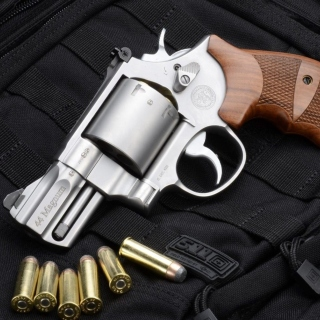 Free Smith & Wesson 629 Picture for LG KP105