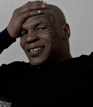 Free Mike Tyson Picture for Nokia C-5 5MP