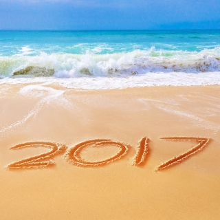Happy New Year 2017 Phrase on Beach sfondi gratuiti per iPad 3