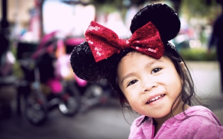 Cute Minnie Mouse Background for Android, iPhone and iPad