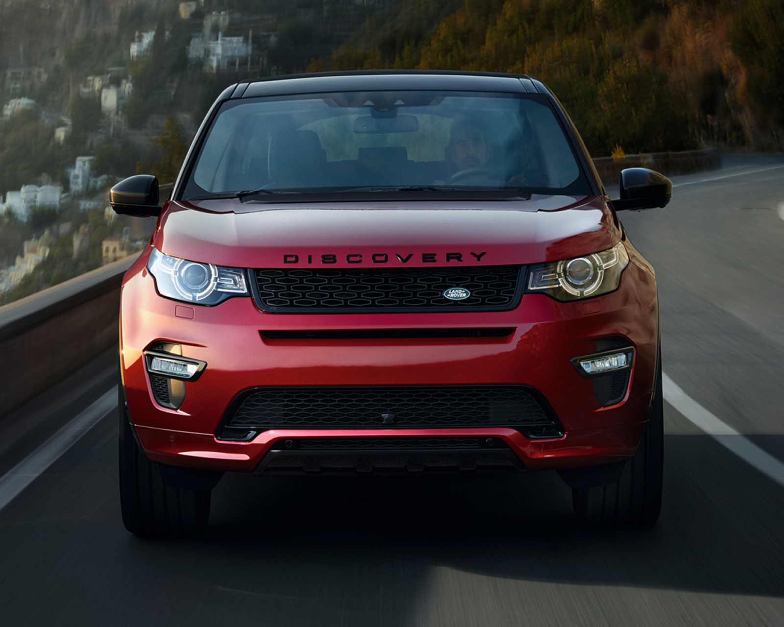Screenshot №1 pro téma Land Rover Discovery Sport HSE 1600x1280