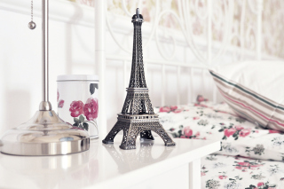 Mini Eiffel Tower Wallpaper for Android, iPhone and iPad
