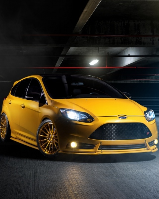 Ford Focus ST Picture for HTC Titan