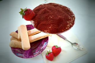 Tiramisu with strawberries Picture for Android, iPhone and iPad