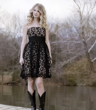 Taylor Swift Black Dress Picture for HTC Titan