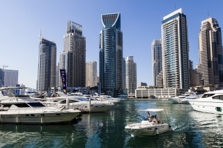 United Arab Emirates, Dubai, Wispy Marina Picture for Android, iPhone and iPad