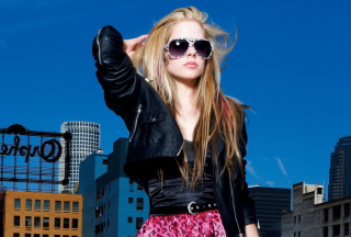 Avril Lavigne Fashion Girl Background for Android, iPhone and iPad