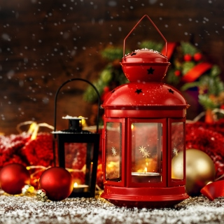 Christmas candles with holiday decor sfondi gratuiti per iPad 3