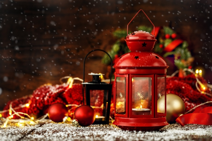 Christmas candles with holiday decor wallpaper