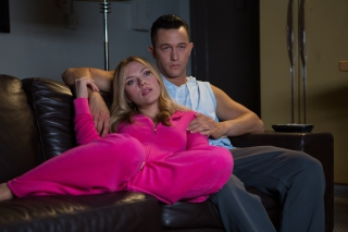 Don Jon with Scarlett Johansson and Joseph Gordon Levitt Wallpaper for Android, iPhone and iPad