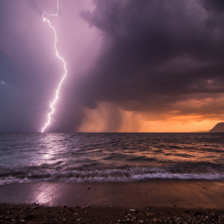 Storm & Lightning Background for iPad 3