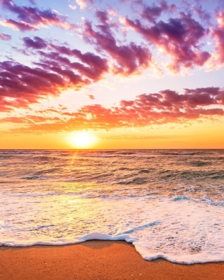 Unbelievable sunset Wallpaper for HTC Titan