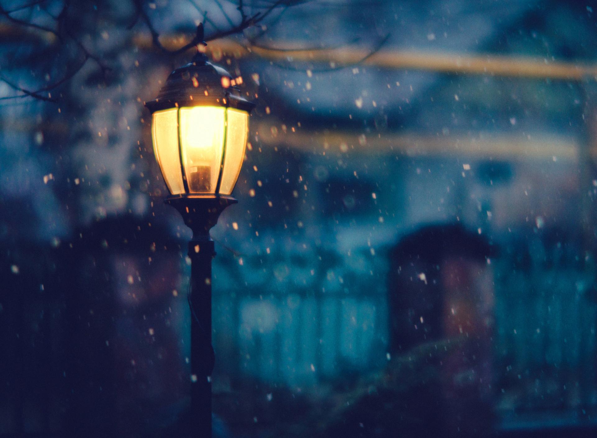 чего началась картинки зима луна фонари отличии последних