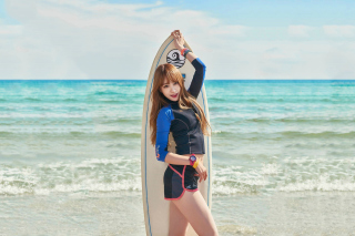 Free Korean Surfer Girl Picture for Android, iPhone and iPad