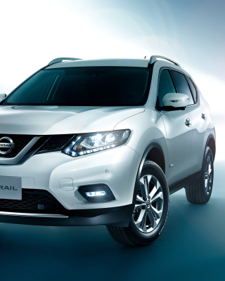Free Nissan X -TRAIL T32 2015 Picture for Nokia C5-06