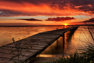Kostenloses Stunning Sunset in Sweden Wallpaper für Samsung Galaxy Ace 3