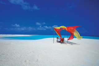 White Harp Beach Hotel, Hulhumale, Maldives Background for Samsung Galaxy Ace 3
