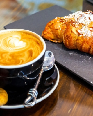 Croissant and cappuccino Background for 640x1136
