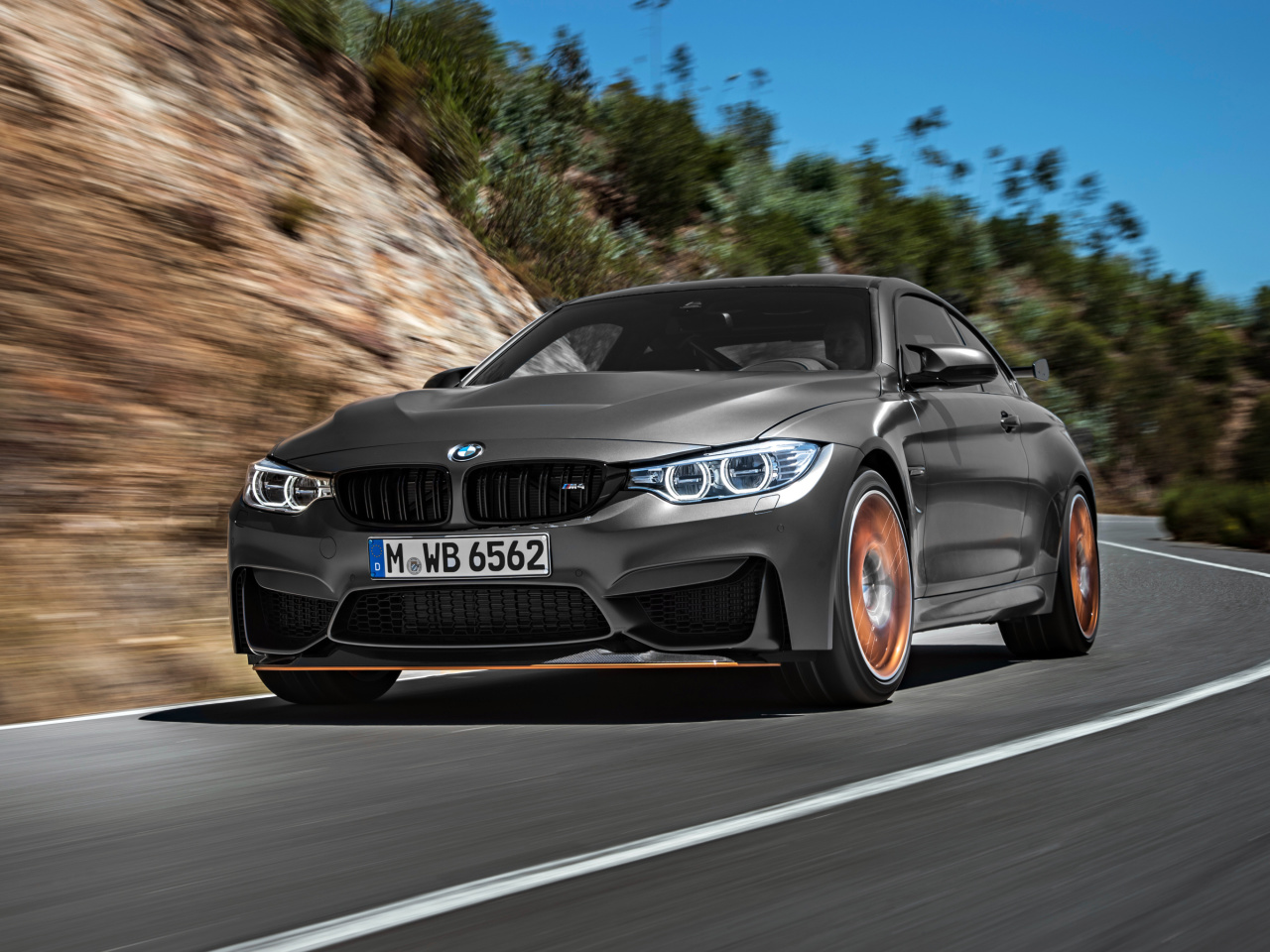 BMW M4 GTS F82 wallpaper 1280x960