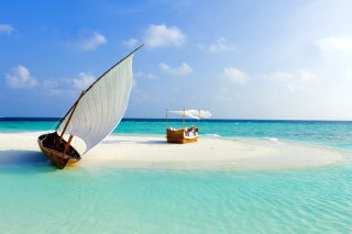 Beautiful beach leisure on Maldives Wallpaper for Android, iPhone and iPad