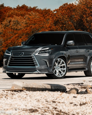 Lexus LX570 Wallpaper for Nokia Asha 310
