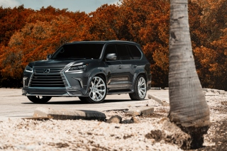 Lexus LX570 Background for HTC Desire HD