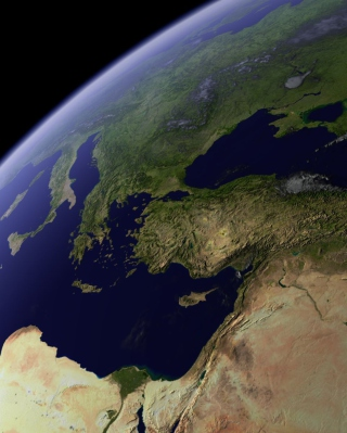 Earth From Space sfondi gratuiti per 320x480