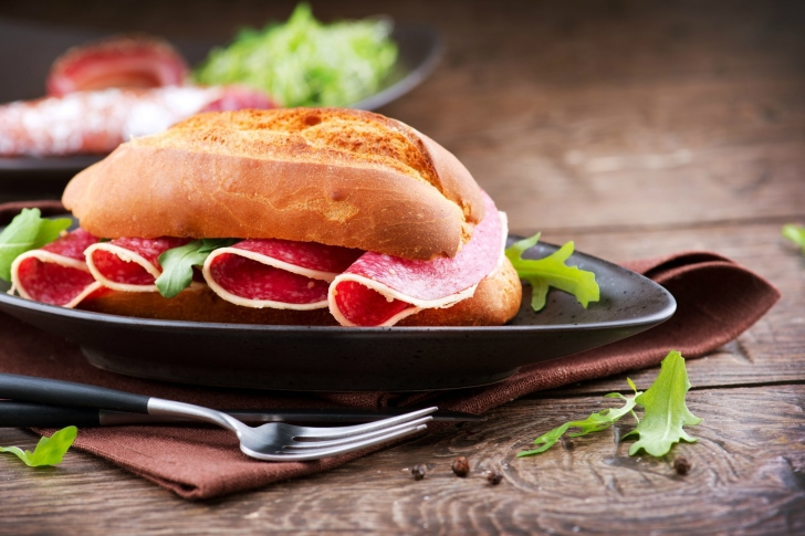 Sandwich with salami wallpaper