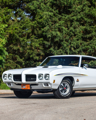 1970 Pontiac GTO Background for iPhone 5