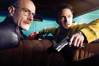 Jessie Pinkman Aaron Paul and Walter White Bryan Cranston Heisenberg in Breaking Bad - Obrázkek zdarma pro Samsung I9080 Galaxy Grand