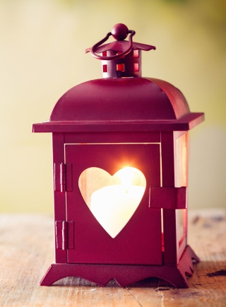 Free Heart Lantern Picture for Nokia C1-01