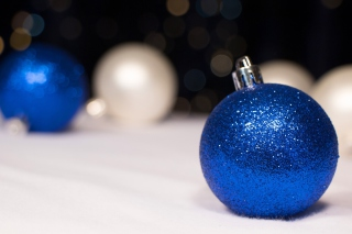 Blue Sparkly Ornament Background for Android, iPhone and iPad