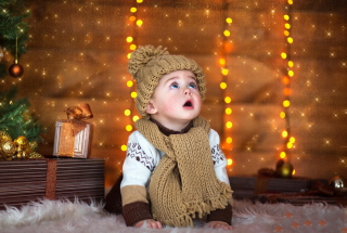 Cute Baby In Hat And Scarf Wallpaper for Android, iPhone and iPad