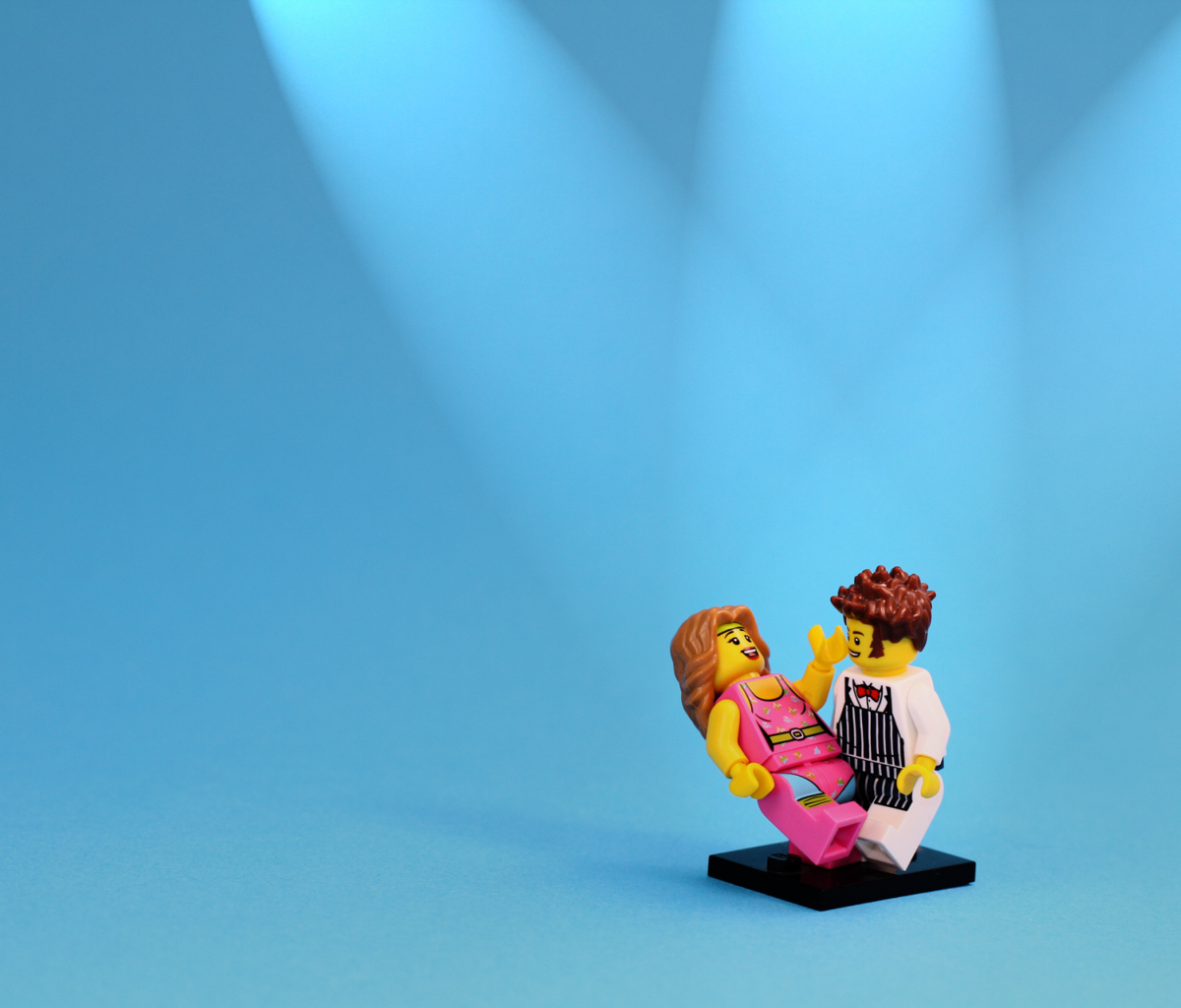 Screenshot №1 pro téma Dance With Me Lego 1200x1024